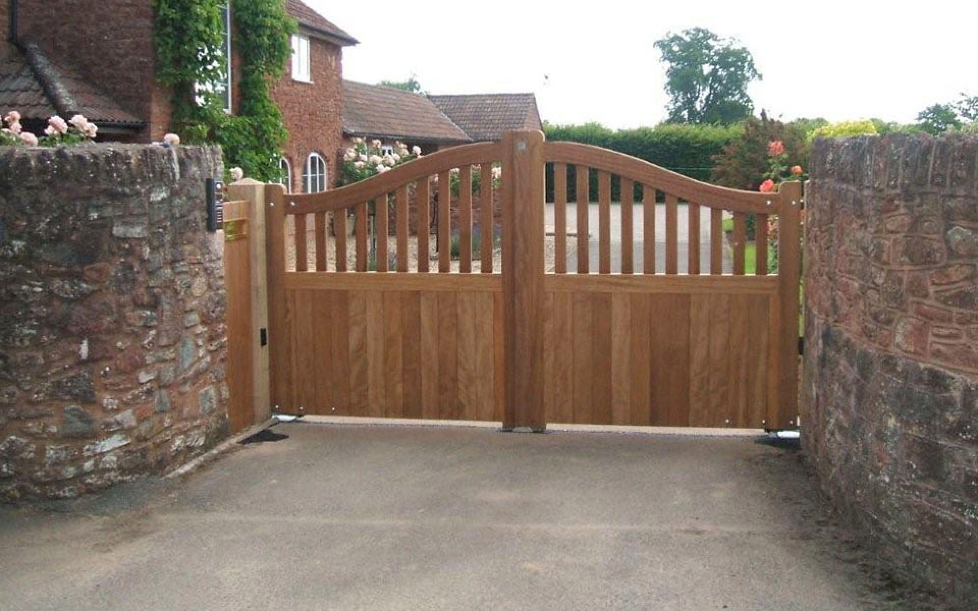 Powel wooden gate with underground automation (Courtesy of A1 Gates & Securities)