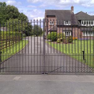The Twembury wrought iron gate (Courtesy of Country Gates)