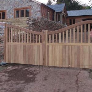 Denham wooden gate with underground automation (Courtesy of A1 Gates & Securities)